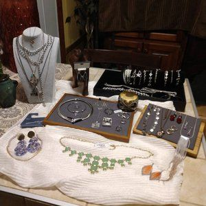 Trendy Vintage to Now Jewelry Lot